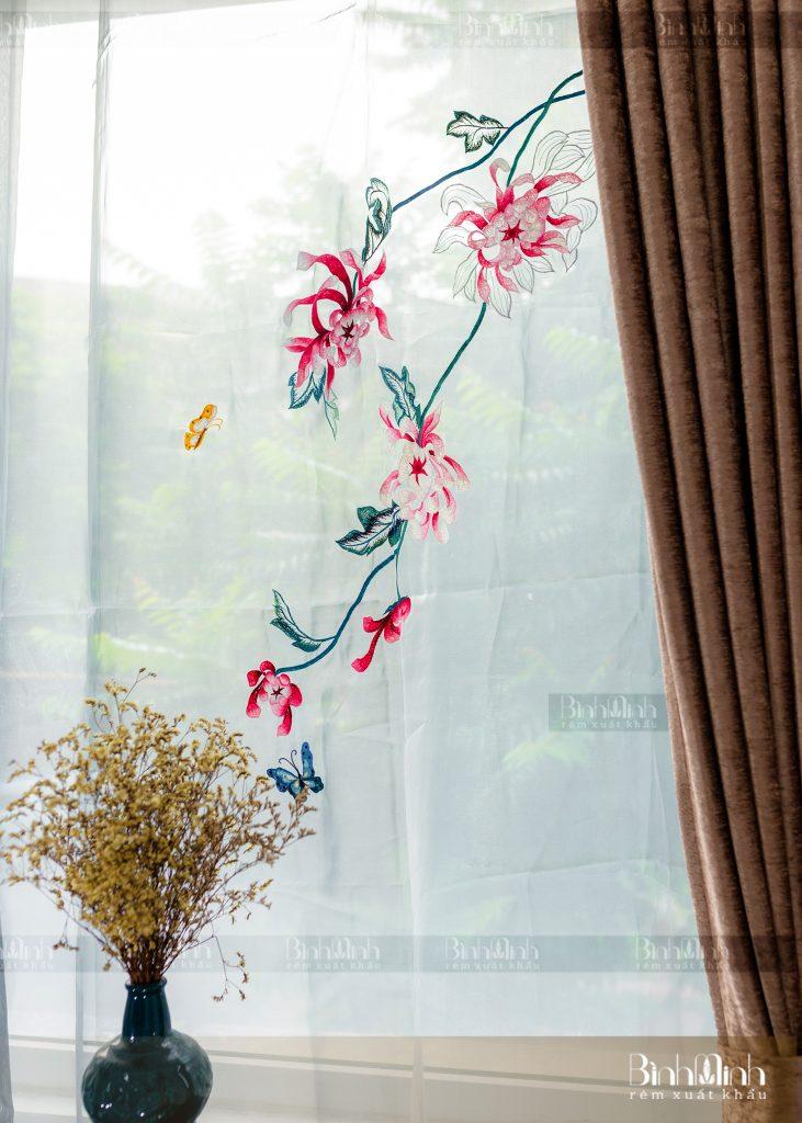 Rèm vải 2 lớp cao cấp - Voan thêu hoa cúc đại đóa 5