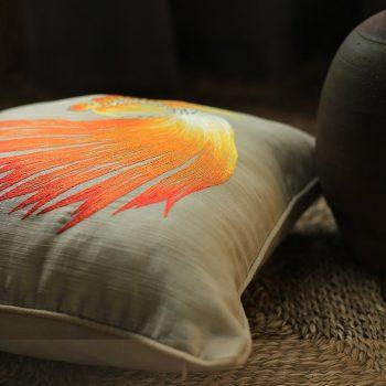 Gối thêu tay hình con cá - Gối sofa cao cấp