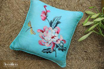 Gối thêu hoa cúc - Gối sofa cao cấp