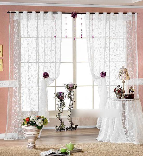 Rèm vải voan đặc trưng với chất liệu mềm mại
