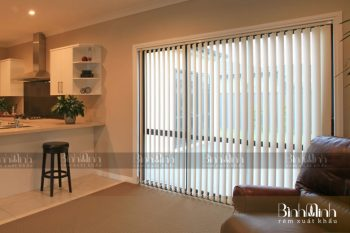 Lựa chọn rèm lá dọc cao cấp cho văn phòng là Sai Lầm hay không ?