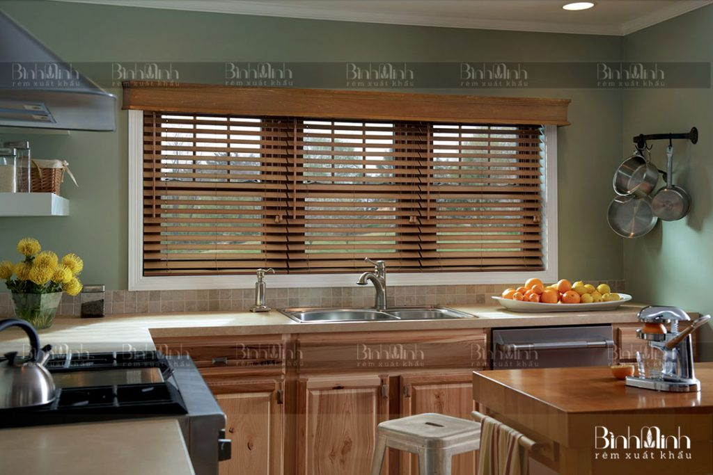 Rèm sáo gỗ lá ngang cho phòng bếp