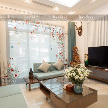 Rèm phòng khách biệt thự Ciputra với mẫu rèm thêu Vườn hồng