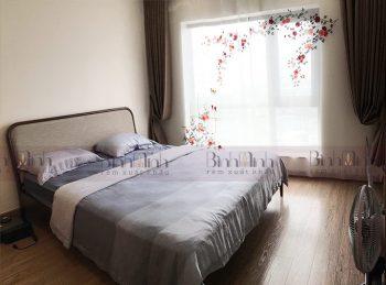 Rèm phòng ngủ thêu hoa hồng