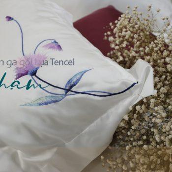 """Bộ chăn ga gối thêu Tencel cao cấp - """"Chạm"""""""