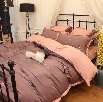 Màu hồng siêu xinh cho phòng ngủ bé gái