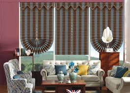 Những mẫu thiết kế rèm roman cổ điển cho không gian phòng khách 2021
