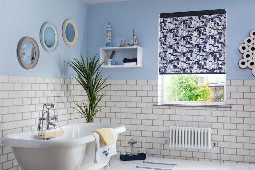 3 + mẫu rèm cuốn phòng tắm đang bán chạy hiện nay 2021