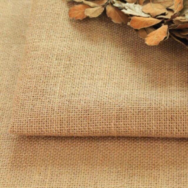 Rèm cửa roman bằng vải bố nét đẹp mộc mạc, giản dị cho phòng ngủ
