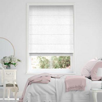 Tại sao bạn nên chọn mua rèm cửa roman tông màu trắng ?
